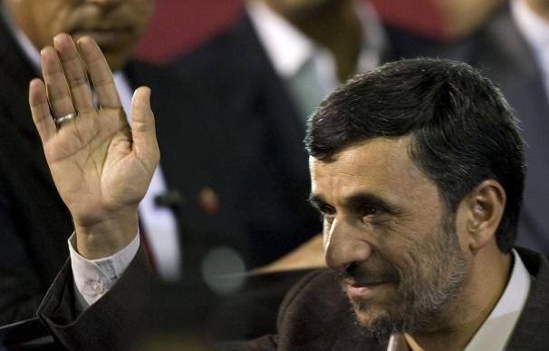 """El presidente Ahmadineyad llega a Venezuela para afianzar una """"sólida"""" relación"""