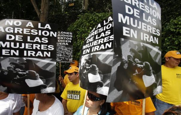 Los opositores expresan su rechazo a la presencia de Ahmadineyad en Venezuela