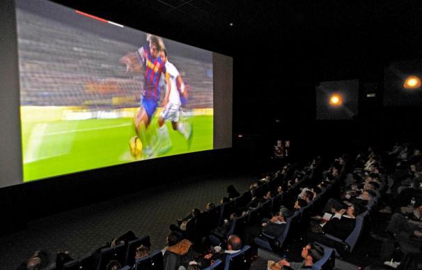 El clásico en los cines, con la intensidad del Camp Nou
