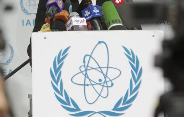 El Parlamento iraní pide al Gobierno que reduzca rápidamente la cooperación con OIEA