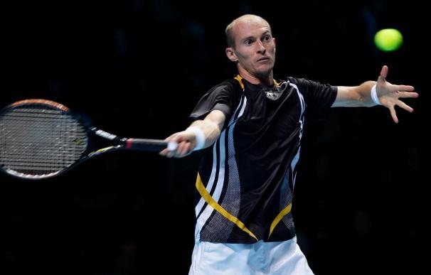 Davydenko, otra vez finalista del Masters tras neutralizar a Federer