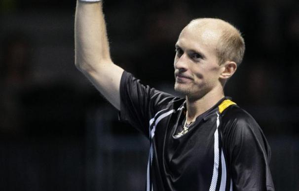 """Davydenko confía en desplegar """"el mismo nivel"""" para encarar a Federer"""
