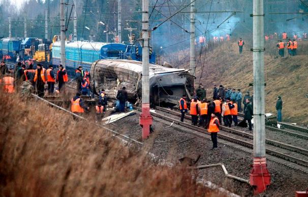 """Aumenta a 30 el número de muertos en el accidente del """"Nevski Express"""""""