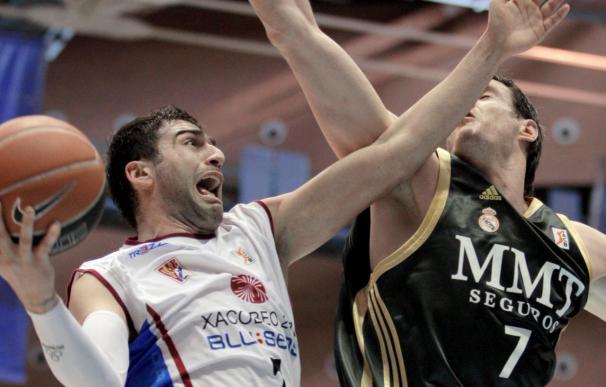 El jugador del Xacobeo Vasileiadis continúa como duda para Alicante