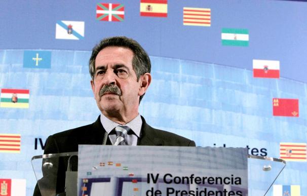 """Revilla dice que en torno al español hay una industria """"que no tiene EREs"""""""