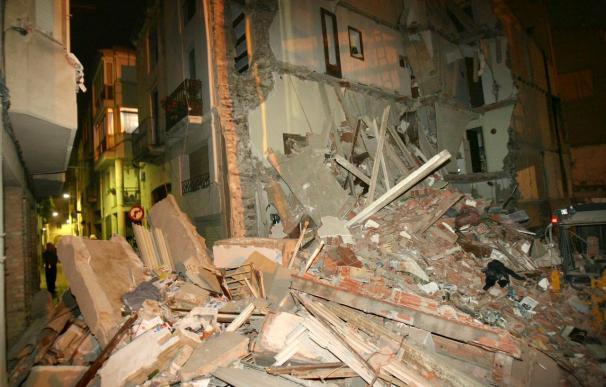 Un muerto y un herido al derrumbarse una casa en proceso de derribo en Algemesí