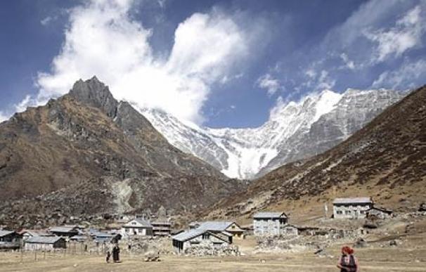 Los habitantes del valle de Kyangin Gompa al norte de Katmandú aseguran que el pasado invierno fue el primero que no nevó durante la celebración de su año nuevo en febrero.