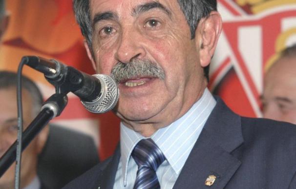 Revilla se reunirá con Zapatero el martes, con el español como tema central
