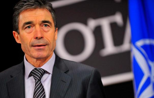 La OTAN anuncia al menos 5.000 soldados más y pide las aportaciones de todos