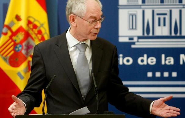 """El presidente del Consejo Europeo condena el ataque """"brutal y gratuito"""" contra Berlusconi"""
