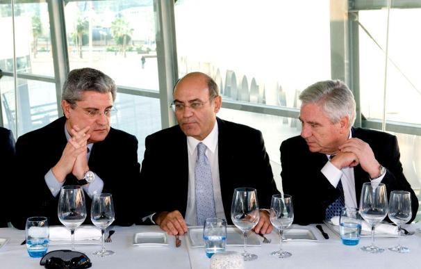 """Díaz Ferrán cree """"urgentes"""" las reformas laborales para frenar el crecimiento del paro"""