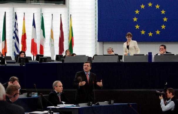 """Barroso reclama objetivos económicos """"más realistas"""" y vinculantes para la UE"""
