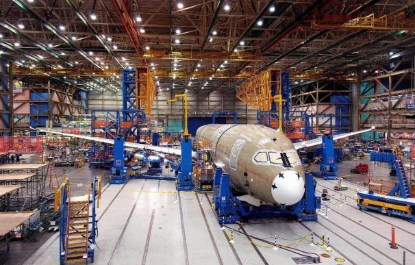 Boeing se enfrenta a una prueba de fuego con el primer vuelo del Dreamliner