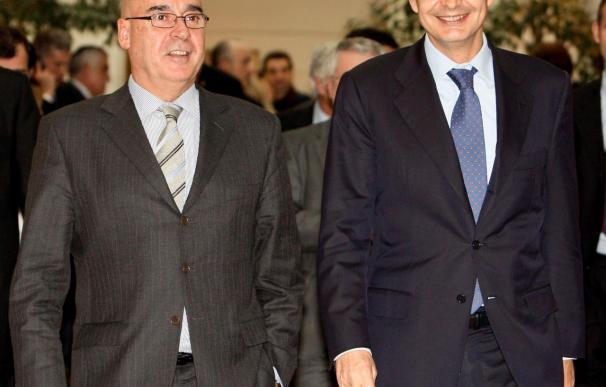 Rojo critica que el PP ponga palos en las ruedas en lugar de buscar una solución a la crisis