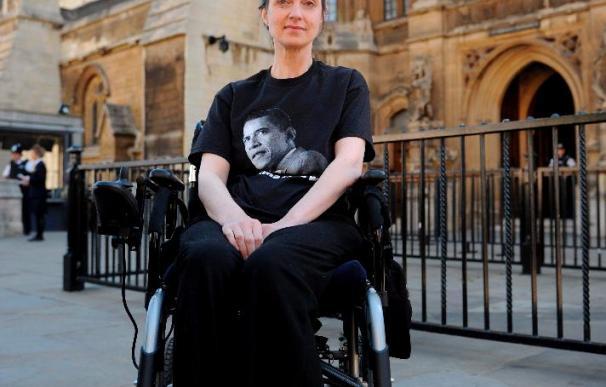 Un enfermo de esclerosis múltiple logra andar tras recibir un tratamiento con células madre