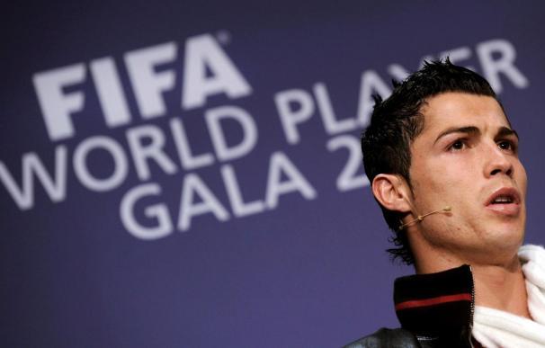 Cristiano Ronaldo congrega a más de 20.000 aficionados en Tashkent