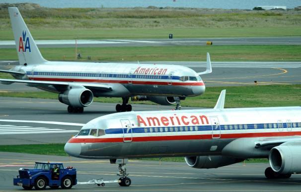 Se estrella un avión de American Airlines en el aeropuerto de Jamaica