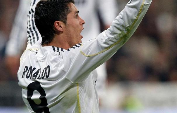 """César cree que """"no es importante"""" que Ronaldo y Kaká jueguen o no en Mestalla"""
