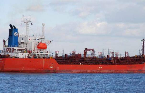 Los piratas somalíes secuestran un buque británico y otro panameño