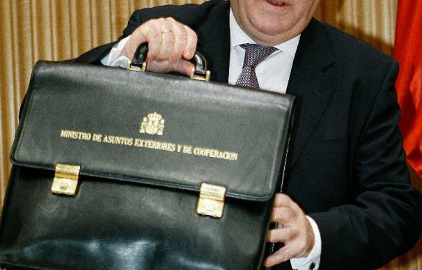 Moratinos se ofrece a debatir sobre el Sahara a partir de febrero de 2010