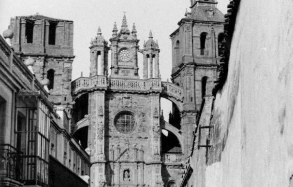 """La Catedral de Astorga se """"reestrena"""" en 2010 tras las obras de la fachada"""