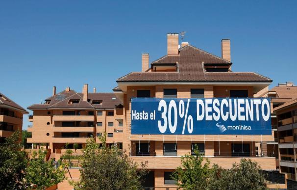 El euríbor rompe 14 meses seguidos de bajadas pero sigue abaratando las hipotecas