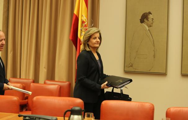 Báñez felicita al Congreso por adelantar una hora el Pleno del martes para conciliar