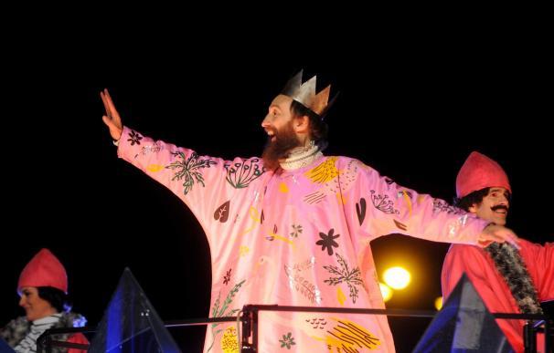 Carmena defiende que la cabalgata de Reyes de Madrid respetó la raíz cristiana que tiene el evento