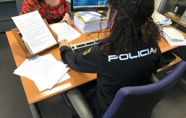 Detenido en Elda por chantajear a su expareja con difundir imágenes íntimas si rompía la relación
