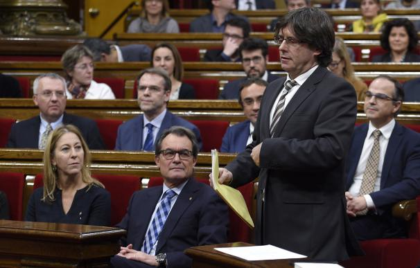 Puigdemont, en su sesión de investidura, este domingo.