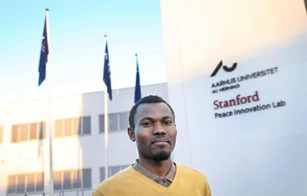 Dinamarca expulsa a un estudiante... ¡por trabajar 90 minutos de más!
