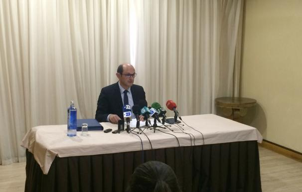 Rafael Louzán pide comparecer ante la jueza, un año después de haberse acogido a su derecho a no declarar