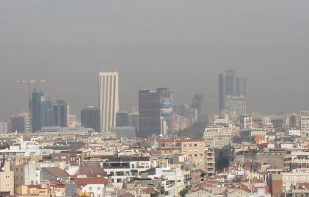 """Los coches con """"alta ocupación"""", a partir de 3 viajeros, podrán entrar en Madrid en escenario 3 de contaminación"""