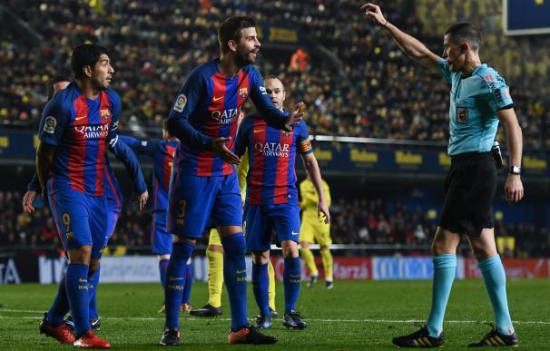 Competición abre dos expedientes a Piqué por sus críticas a los árbitros