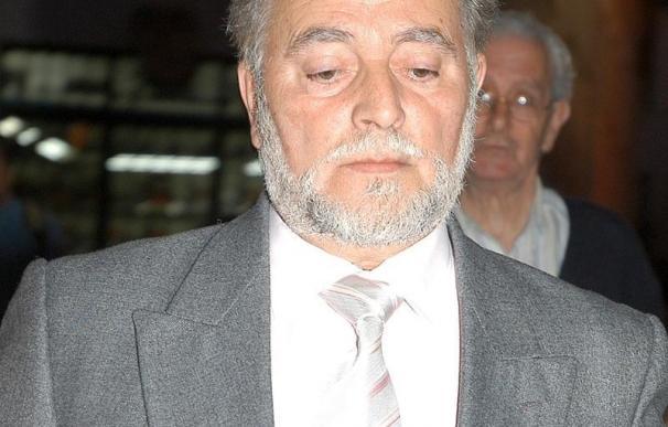 Julio Anguita, ingresado en el hospital de Cádiz tras sufrir una angina de pecho