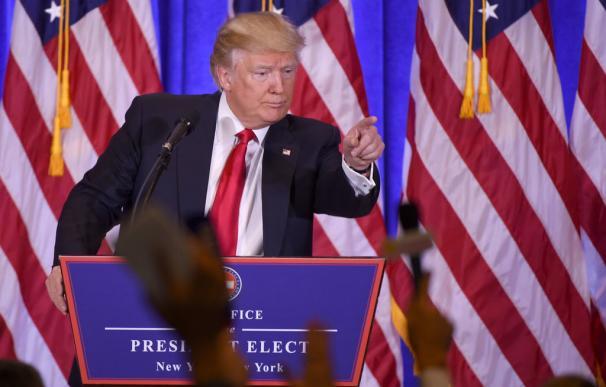 """Los desplantes de Trump: """"Tu medio es un contenedor de basura"""" (por el portas BuzzFeed)"""