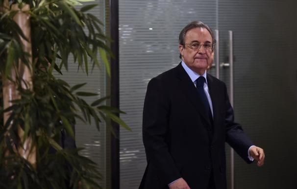 Real Madrid's president Florentino Perez arrives t