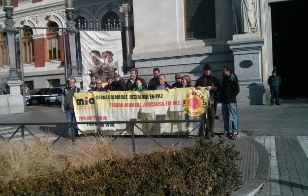 El Movimiento Ibérico Antinuclear pide a España y Portugal un calendario de cierre para la central nuclear de Almaraz