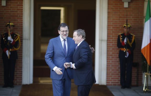 Rajoy rehúsa comentar el abandono ideológico del PP denunciado por Gallardón en un foro de FAES