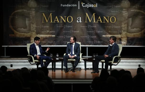 López Simón y Cayetano Martínez de Irujo hablan de toros y deporte en el Mano a Mano