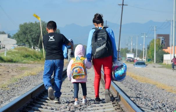 La Iglesia pide a la sociedad en una campaña que tome conciencia del drama de los menores migrantes vulnerables