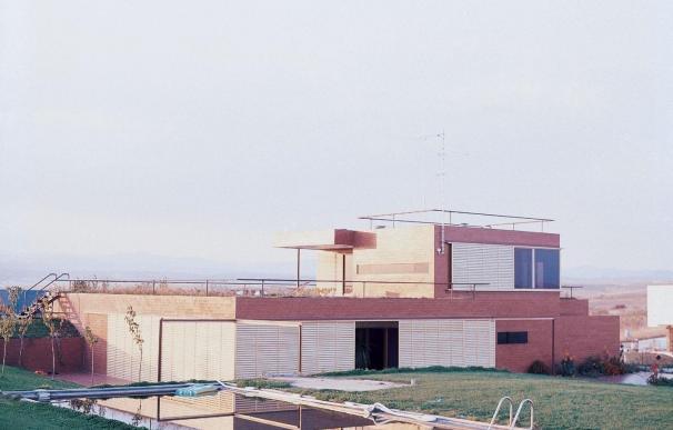El COAM insta a la Comunidad a velar por la arquitectura contemporánea tras la demolición de la Casa Guzmán