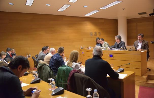 Los grupos de las Corts negociarán el mandato marco de la CVMC a partir de la propuesta de Podemos