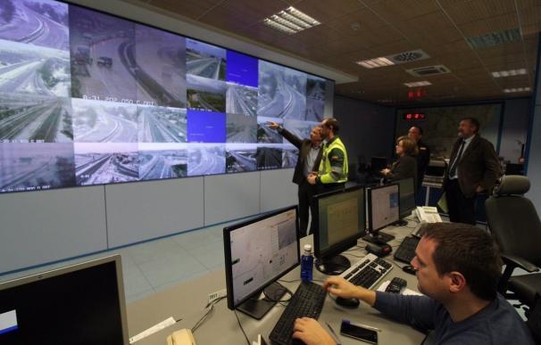 La nieve obliga a cortar la A-7 y la A-31, dos de las principales vías de la Comunitat Valenciana