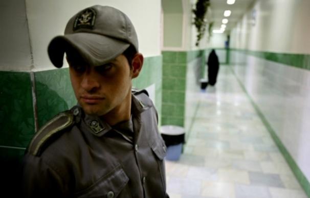 Decenas de periodistas se encuentran encarcelados en Irán   Reuters