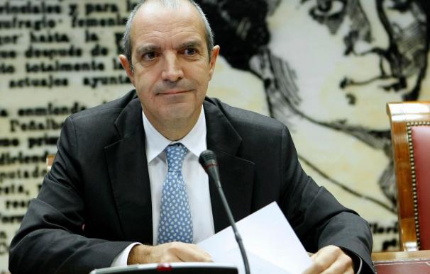 Luis Fernández elude pronunciarse sobre su continuidad al frente de RTVE