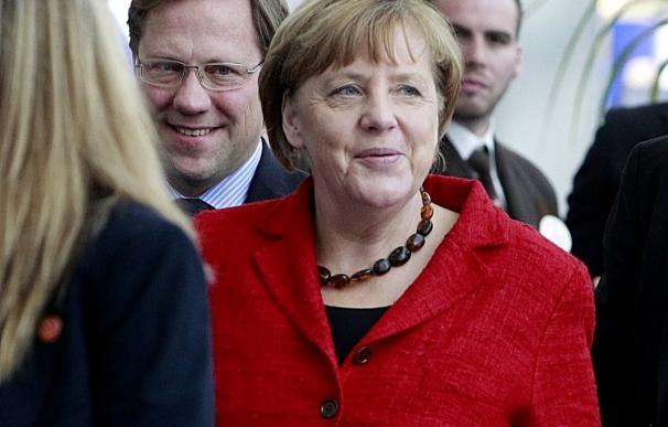 Una nueva encuesta sitúa a la baja la popularidad del partido de Merkel
