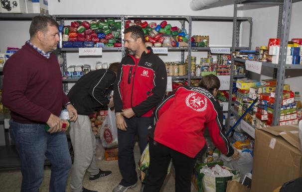 Bomberos Unidos Sin Fronteras envía 1.000 kilos en mantas y 20.870 kilos de alimentos para el pueblo sirio