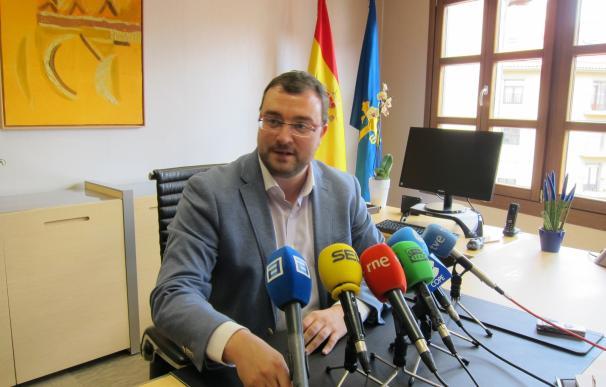 Barbón (PSOE) celebra que haya varios candidatos a las primarias para que así se pueda votar