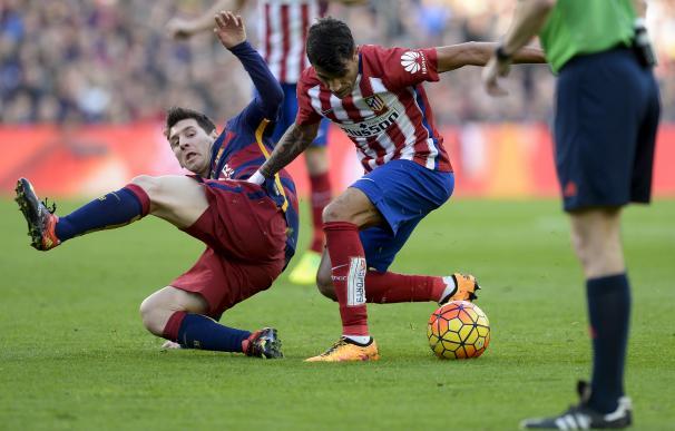 Augusto Fernández tiene una lesión en el ligamento de la rodilla izquierda / AFP.